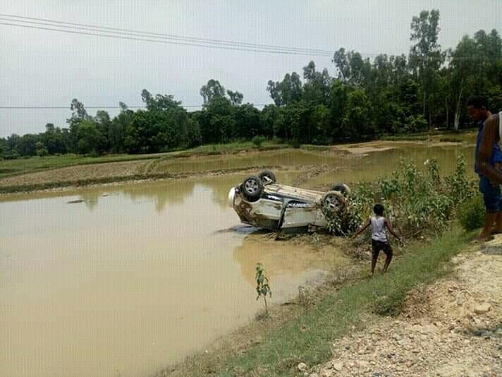 जनकपुर यदुकोहा सहीद पथमा कार दुर्घटना पाँच जना घाइते