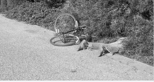प्रहरीले चलाएको मोटरसाइकलबाट ठक्कर दिदा, साइकल यात्रीको मृत्यु