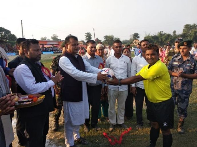 हरिहरपुर गोल्ड कप फुटबल प्रतियोगिता मुख्यमन्त्री राउतले गरे उद्वघाटन