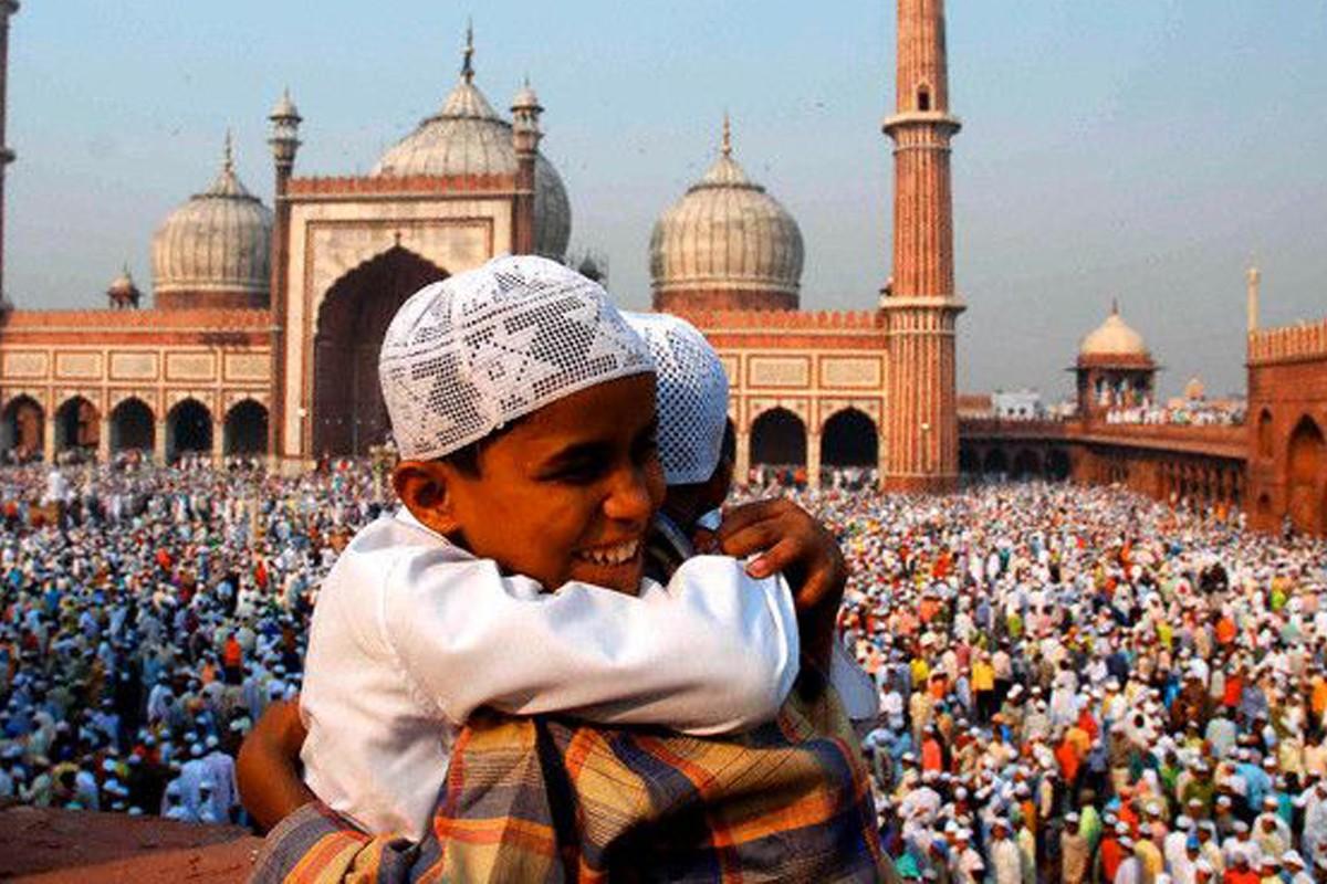 आज मुस्लिम धर्मावलम्बीले बकर इद मनाउँदै